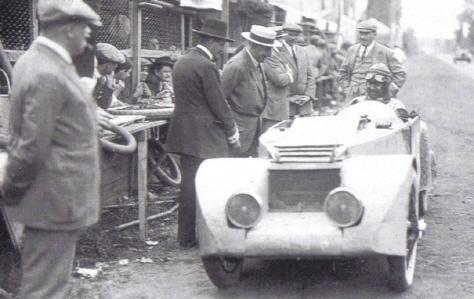 CHENARD & WALCKER - Histoire Senechal_Tank_Mans_1925